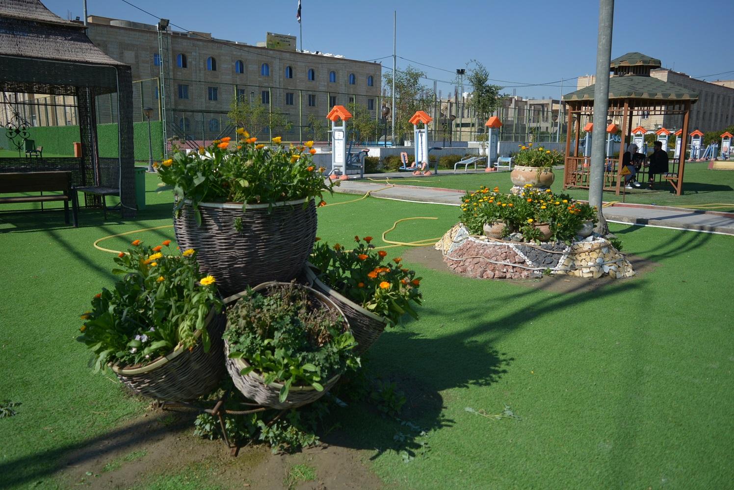 ادامة حدائق قسم شؤون الاقسام الداخلية