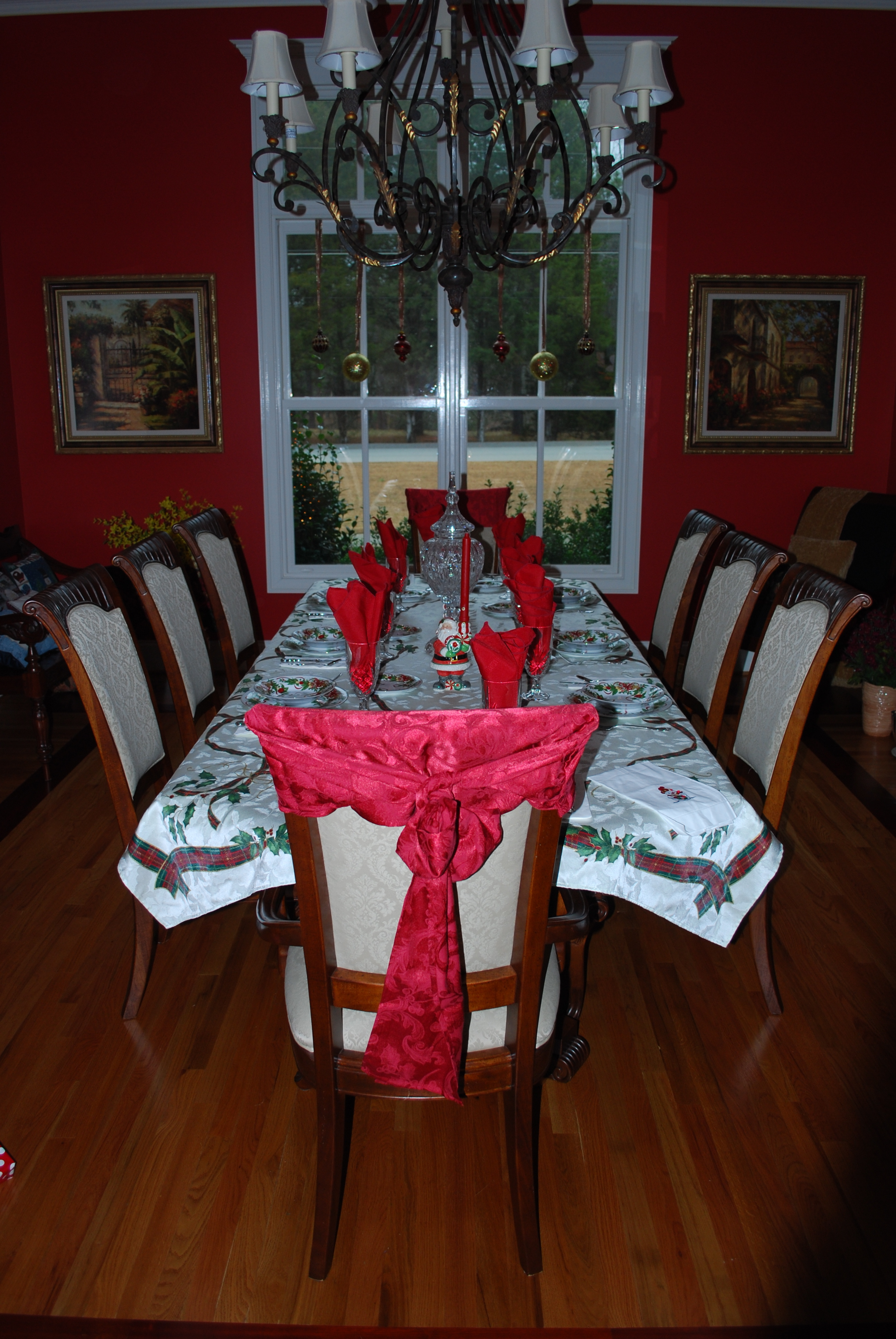 My mom's beautiful dining room