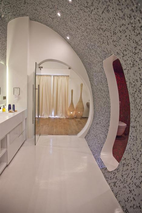 New Small Bathroom Designs