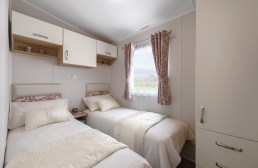 PRACTICAL TWIN ROOM WITH AMPLE STORAGE