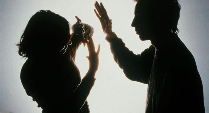 Fegyházbüntetés várhat az édesanyját bántalmazó csolnoki férfira