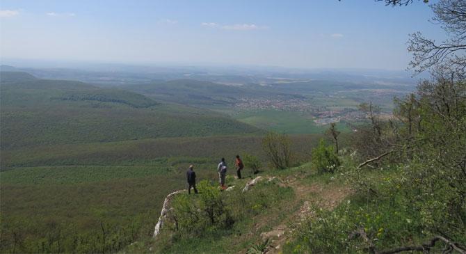 Újra járhatóak a pilisi turistautak