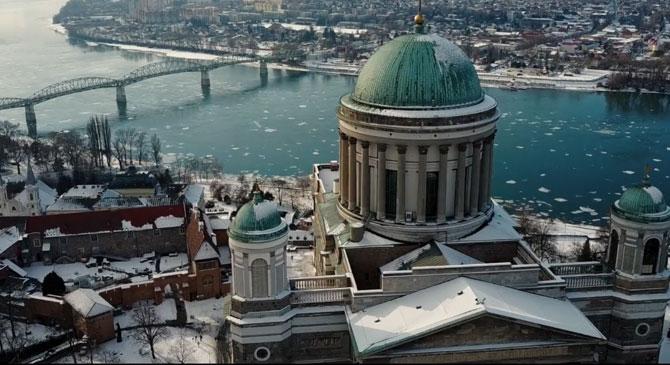 Látványos videó készült a Dunakanyarról