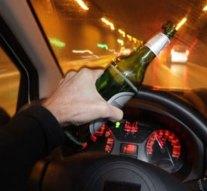 Hiába tiltották el a vezetéstől, ittasan a volán mögé ült