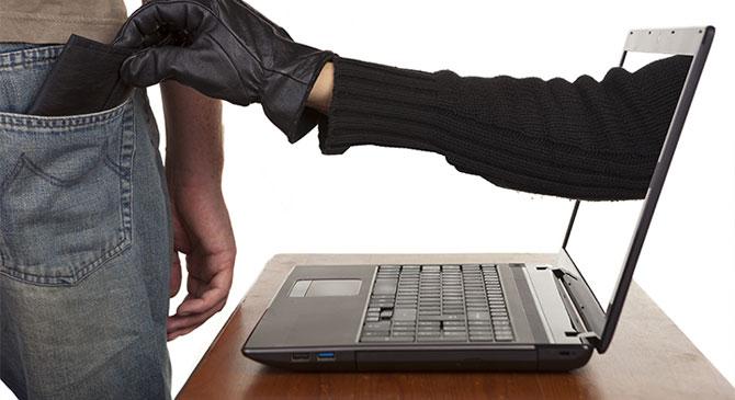 Egy internetes csaló után nyomoztak a dorogi rendőrök