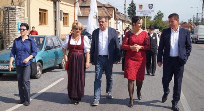 Német nemzetiségi fesztivál Nyergesújfaluban