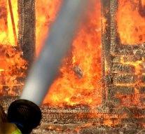 Teljes terjedelmében égett egy ház Esztergomban
