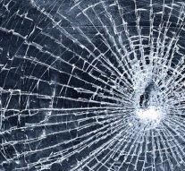 Buszmegálló üvegét törte össze a nyergesi férfi