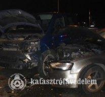 Képek a hétvégi balesetekről