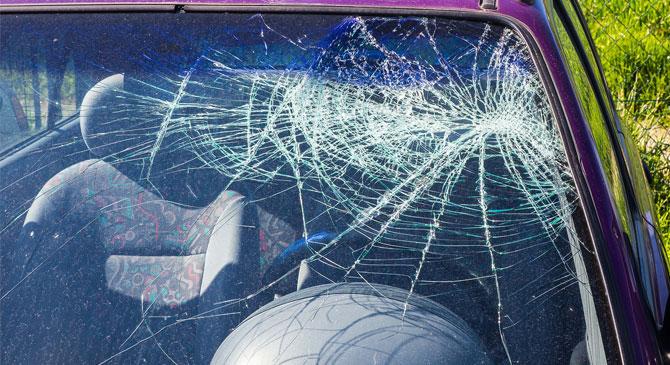 Friss jogsival okozott balesetet Nagysáp és Bajna között