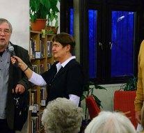 Kipke Tamás és Elmer István az esztergomi könyvtárban