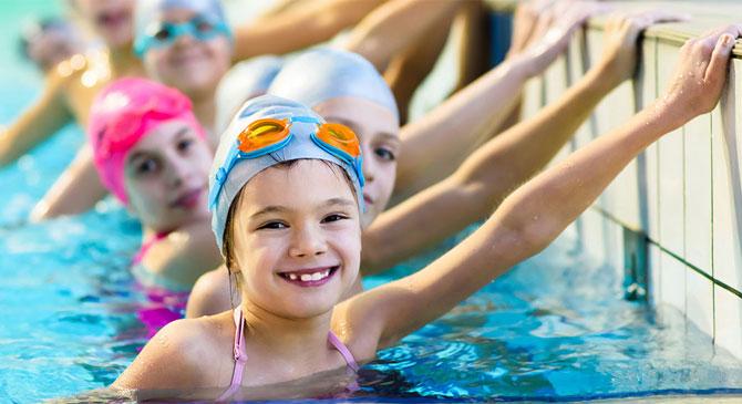 Állás: úszásoktató