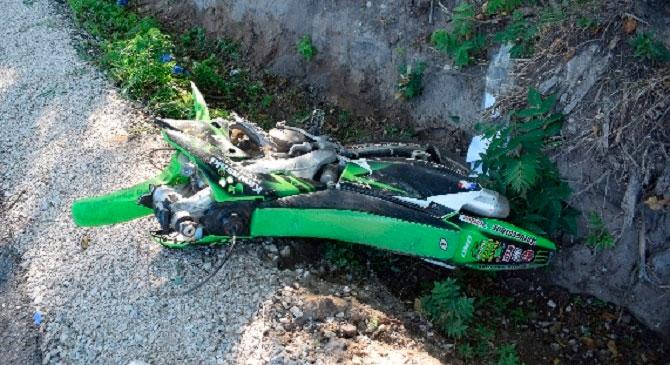 Lakókocsi és motor ütközött össze Tokodon