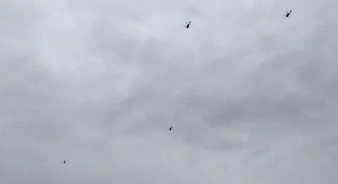 Katonai helikopterek Dorog légterében