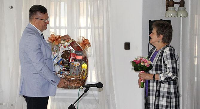 Nyugdíjba vonulása alkalmából köszöntötték dr. Solti Hildát