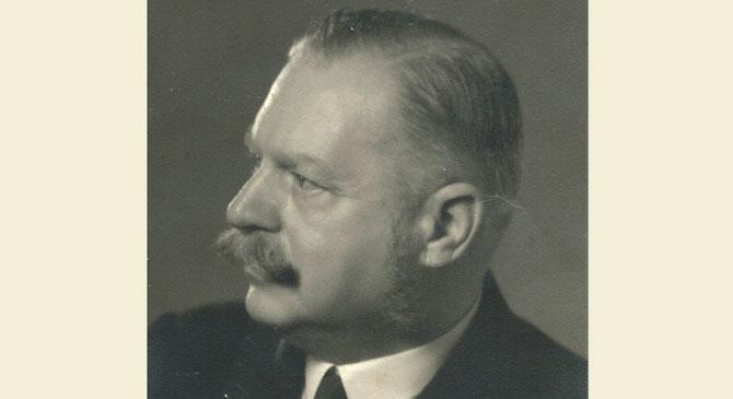 Szobrot avatnak Schmidt Sándor emlékére