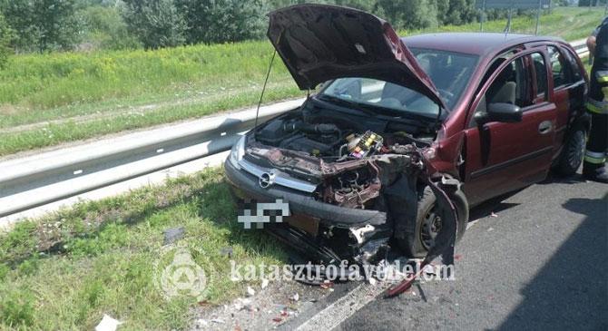 Fotók a tegnapi balesetről
