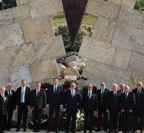 Koszorúkat helyeztek el a Nemzeti Kőbányászati Emlékhelynél