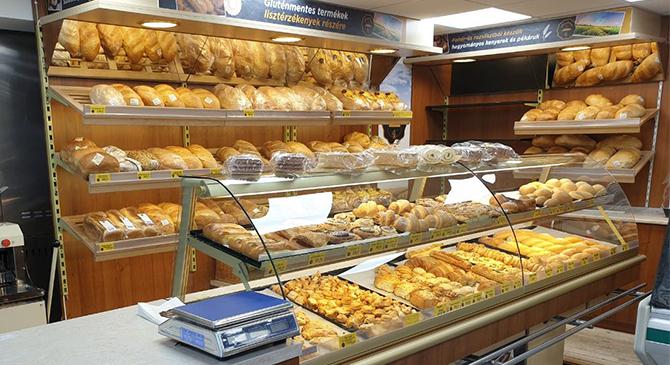 Sváb pékséggel bővült a Hiper XL