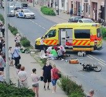 Lakossági segítséget kér egy balesetet szenvedett motoros