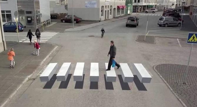 3D-s zebrát festenek fel Dorogon