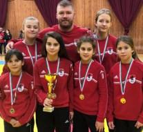 Esztergomi birkózó lányok nyerték meg az országos csapatbajnokságot