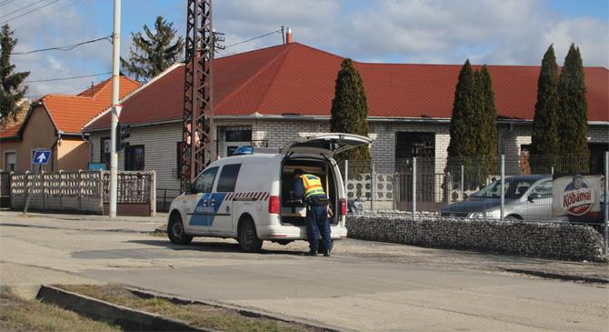 Két autó ütközött össze Esztergom-Kertvárosban