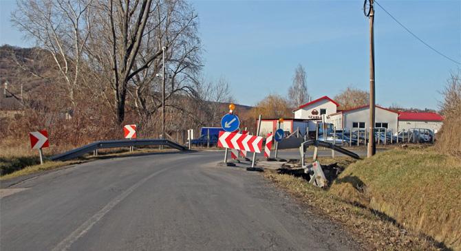 Tavasszal állíthatják helyre a beszakadt csolnoki közúti hidat