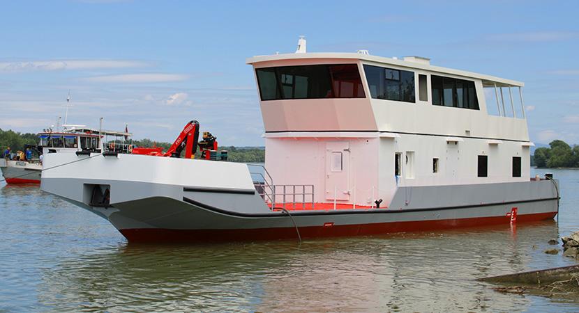 Harminc év után új kitűzőhajókat bocsájtanak a vízre