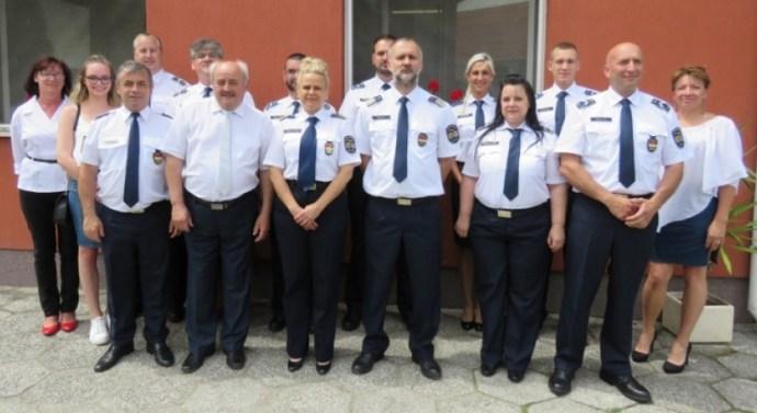 Nyergesújfalui rendőröket jutalmaztak