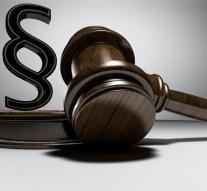Két vádiratot is benyújtottak a gyermekét veszélyeztető apával szemben