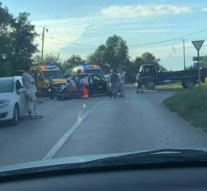 Teherautó és személygépkocsi ütközött össze Kesztölcön