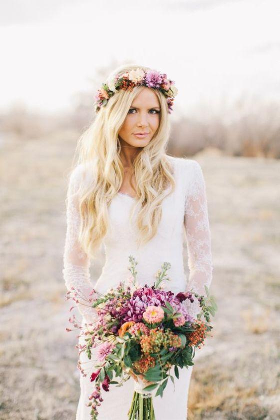 Wianki z kwiatów zamiast welonu, stylizacje ślubne, kwiaty do włosów na ślub
