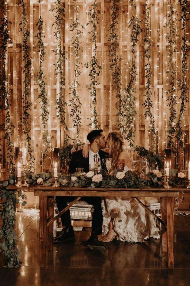 Stół pary młodej, Stół prezydialny wesele rystykalne, dekoracje rustykalne, Para Młoda