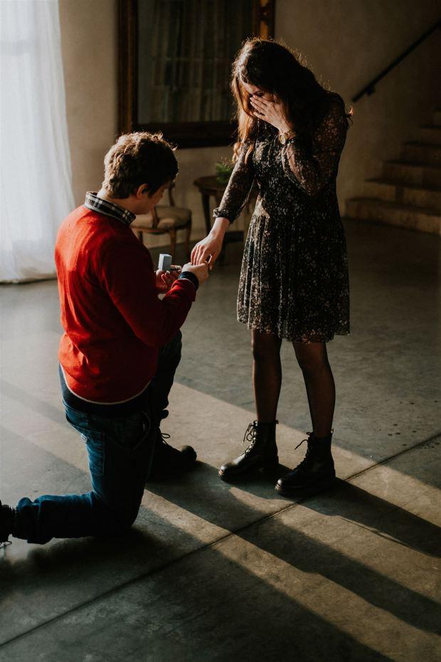 Romantyczne zaręczyny w Krakowie, Romantyczne zaręczyny w Villa Love, Pomysły na zaręczyny, Zaręczyny w Toskanii, Planowanie Zaręczyn, Organizacja Zareczyn, Oświadczyny w Krakowie, Miejsce na zaręczyny, We dwoje, Romantyczna kolacja, Wedding Proposal Krakow, Wedding Proposal Poland, Winsa Wedding Planners