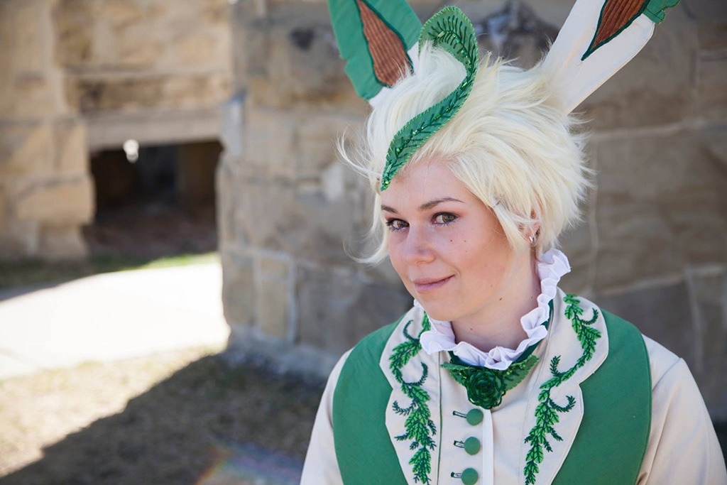 leafeon cosplay