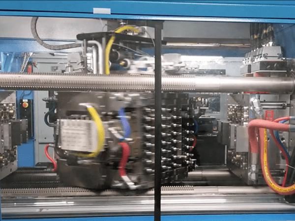 molde de apilamiento giratorio