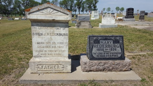 Midale graveyard Swen and Mary Rederburg