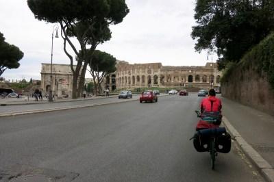 Llegando al Coliseo
