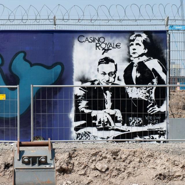 2013-05-05 D700 Graffiti Frankfurt EZB 042