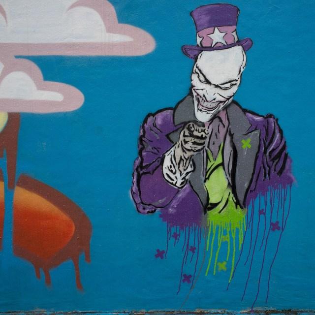 2013-05-28 X100 Graffiti Wiesbaden ESWE 003