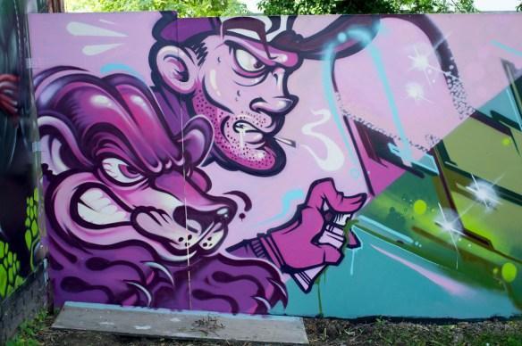 2013-06-25 X100 Graffiti Wiesbaden Kontext 005