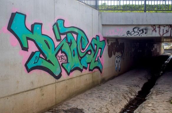 2014-03-30 EM1 Graffiti Gelnhausen 0002