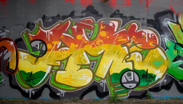 2014-04-03 EM1 Graffiti Mainz-Kastel 0037