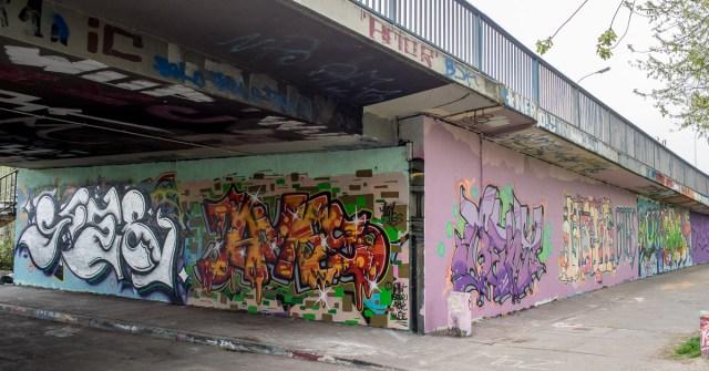2014-04-03 EM1 Graffiti Mainz-Kastel 0040