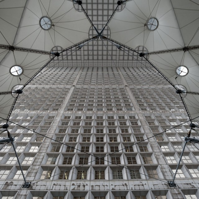 Symmetry - Paris - Grande Arche