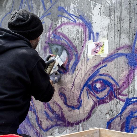 2013-05-25 X100 Graffiti Bad Vilbel Herakut Bahndamm 019