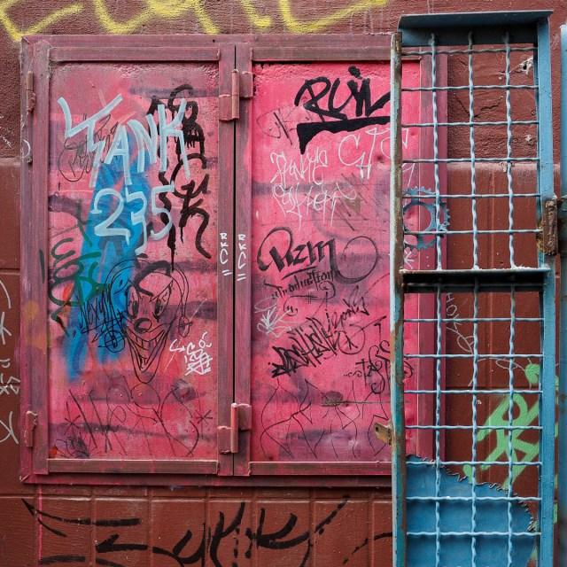 2015-05-12 EM1 Graffiti & Streetart Schlachthof Wiesbaden 0013