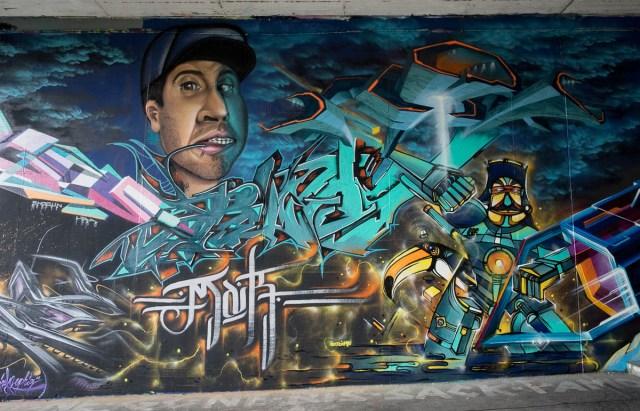 2015-06-18 EM1 Graffiti Mainz-Kastel MOS 2015 0136