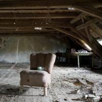 Ruheorte - Sessel ohne Aussichten (40) im Kinderheim (Lost Places/Urbex)